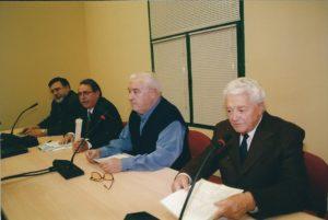 José Sandoval, Victor Díaz-Cardiel, Juan José del Águila y Enrique Lillo, en la presentación de la primera edición del libro El TOP… el 17 de enero del 2002 en local de Formación y Empleo de CCOO- y hoy sede de la Fundación Abogados de Atocha.