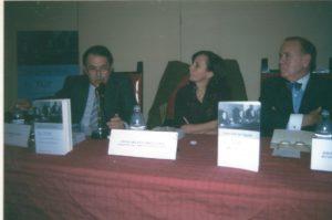 Juan José del Águila, María Emilia Casas y Luis Marti Mingarro en la presentación en el Colegio de Abogados de Madrid de la primera edición del libro Ell TOP, La represión de la libertad 81963-1977) 15 de noviembre del 2001.