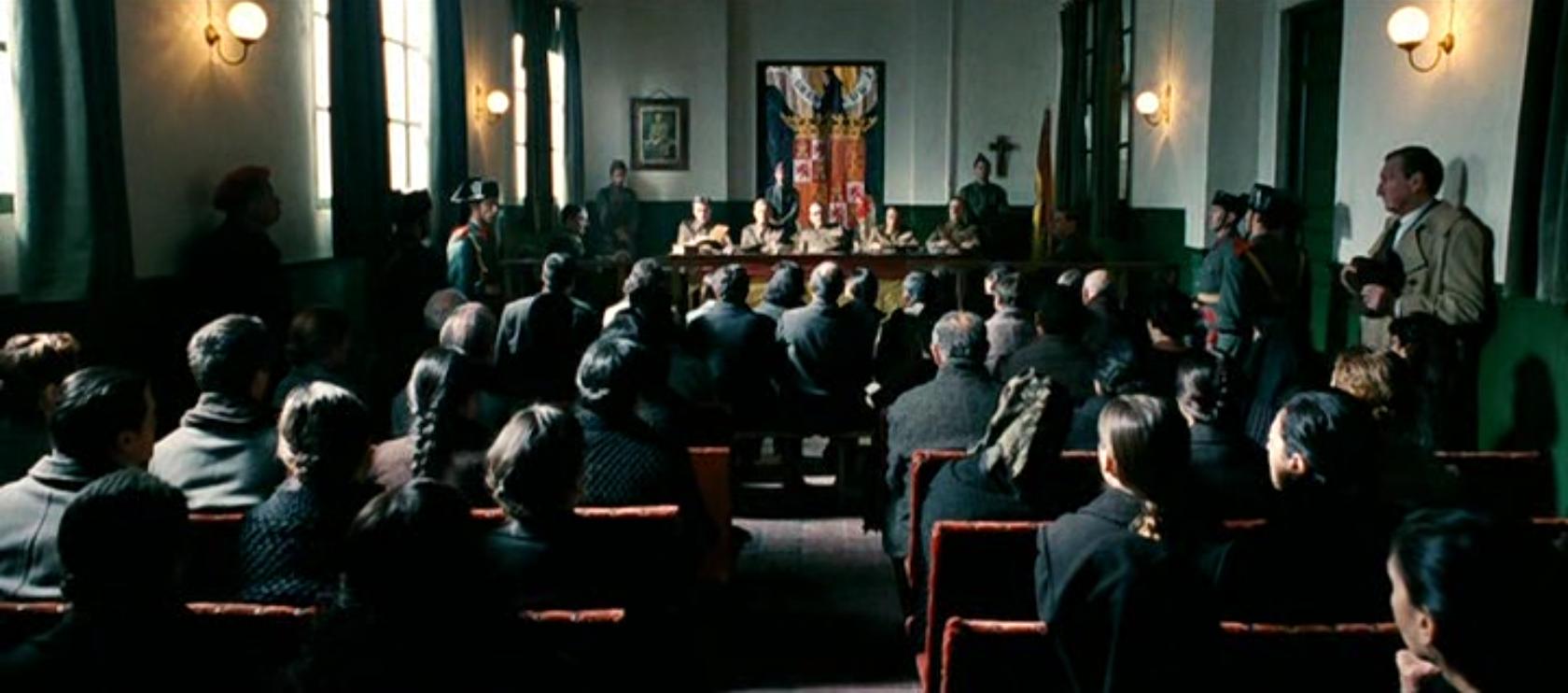Fotograma de la película 'La voz dormida'